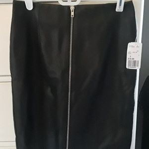 Forever 21 Zip Up Faux Leather Skirt - Small